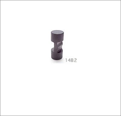 MC052_photo.jpg